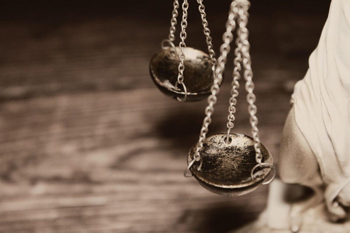 Rechtsanwaltskanzlei Plan A aus Düsseldorf - Kanzelei für Strafrecht - Durchsuchungen in Corona-Zeiten – besondere Belastungen für Unternehmen und Unternehmer